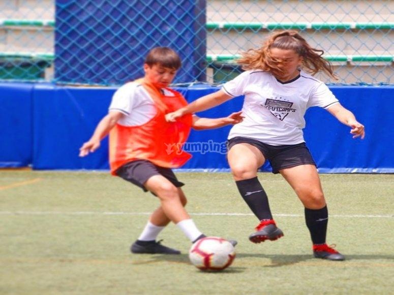 Campus de fútbol mixto Las Rozas
