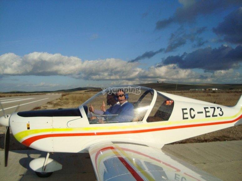Noleggia un aereo a due posti a Córdoba