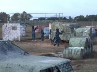 Paintball 400 bolas barra libre y barbacoa Utrera