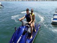 Saliendo del puerto en la moto de agua