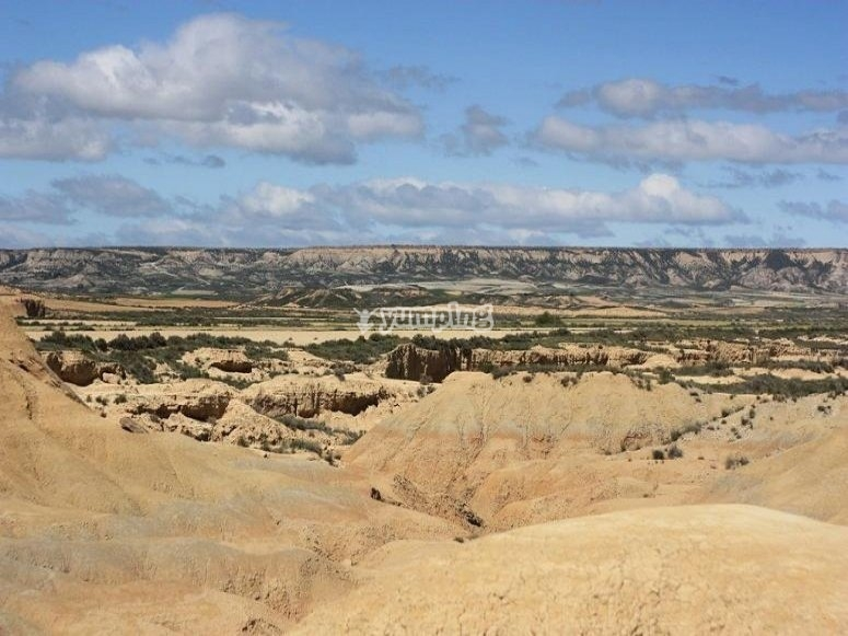 The landscapes of Bardenas Reales to travel in 4x4
