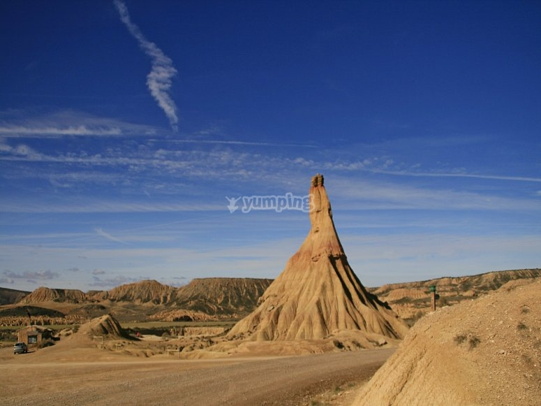 The Bardenas Reales Desert awaits you to travel in 4x4
