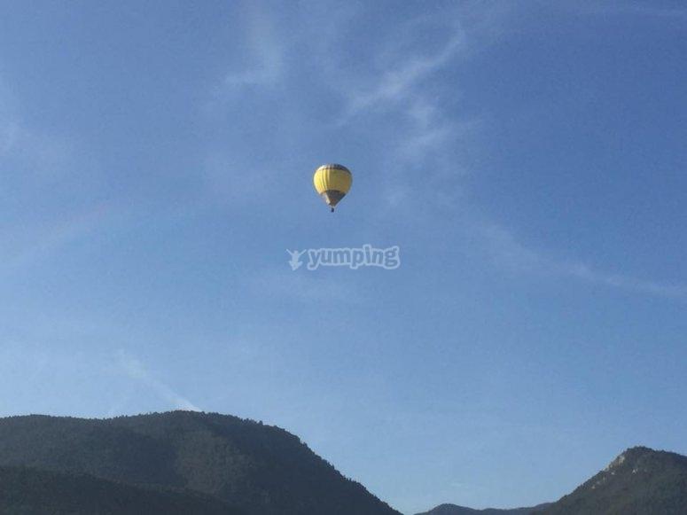 Experiencia de vuelo en globo Cerdanya