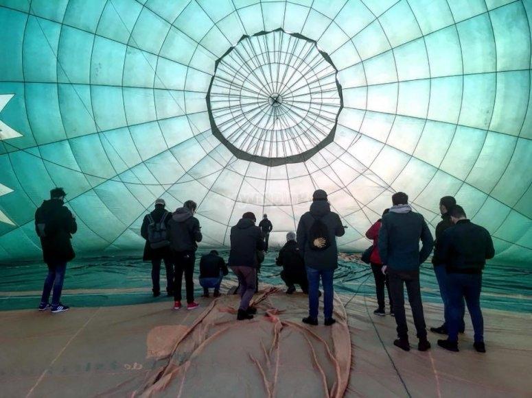 El interior de n globo