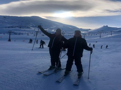 Private skiing lessons in Sierra Nevada 4 hours