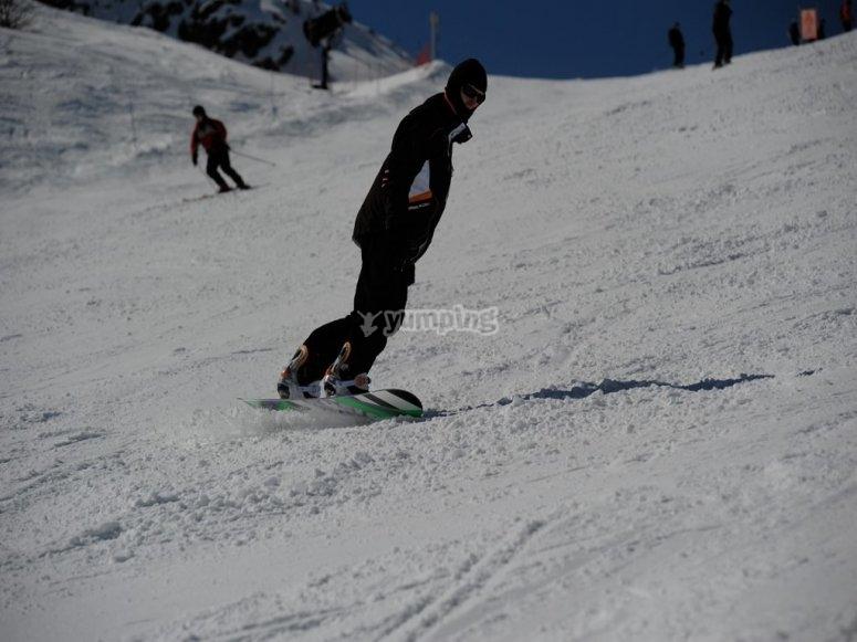 内罗达山脉单板滑雪