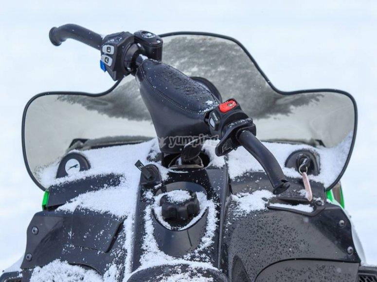 Comandi veicolo neve