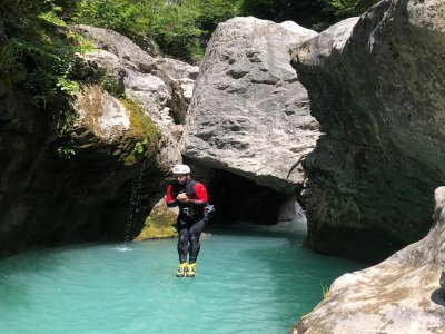 Canyoning initiation in Río Verde 4h