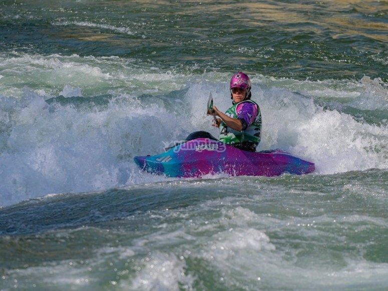 通过皮划艇探索Torrassa湖