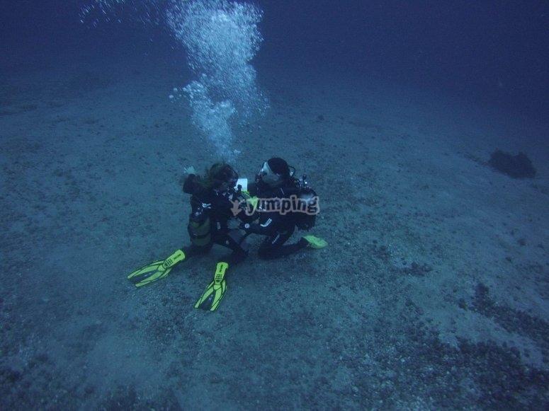 潜水30米特内里费岛