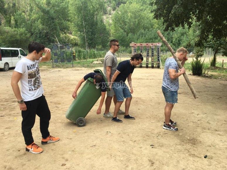 El novio devastado al finalizar la gymkana en Alcalá del Júcar