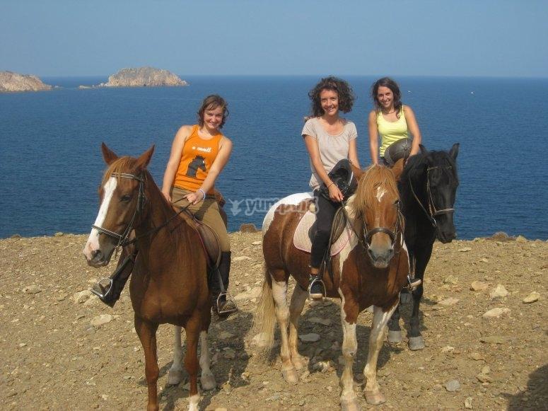 Visitar sur de Menorca a caballo