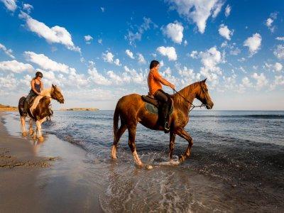 Tour a caballo por playas de la costa sur Menorca