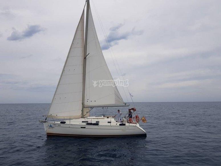 Romantic route on sailboat Garrucha