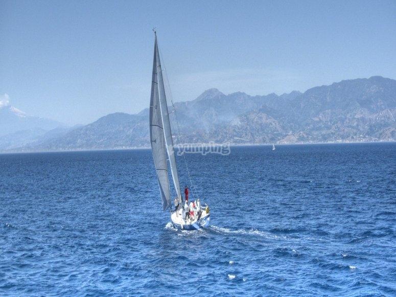 Lezioni pratiche di barca 15 m di lunghezza