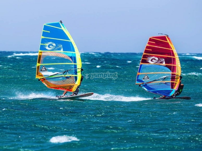 Learn to windsurf in Torrevieja