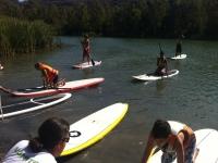 Clases de paddle surf en el lago