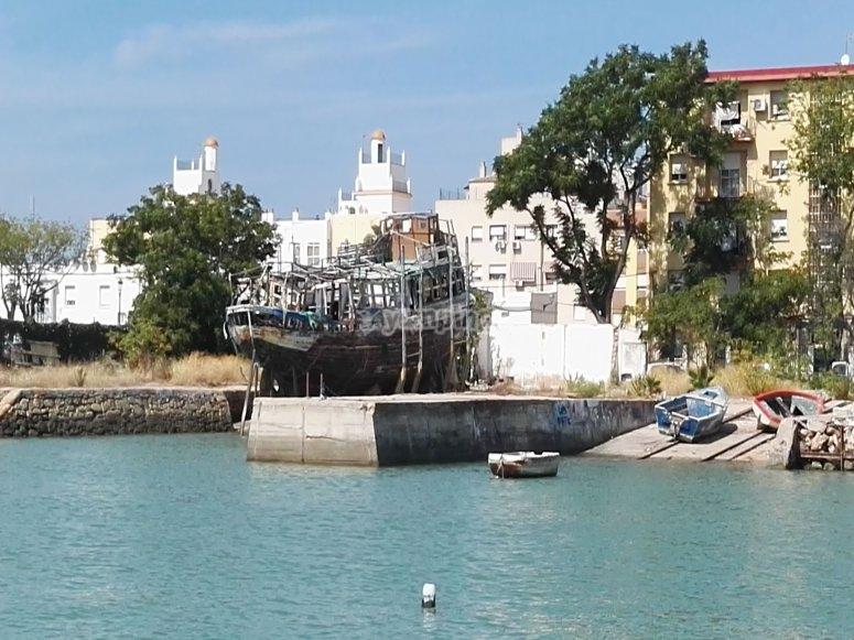 Salida marítima desde bahía de Cádiz