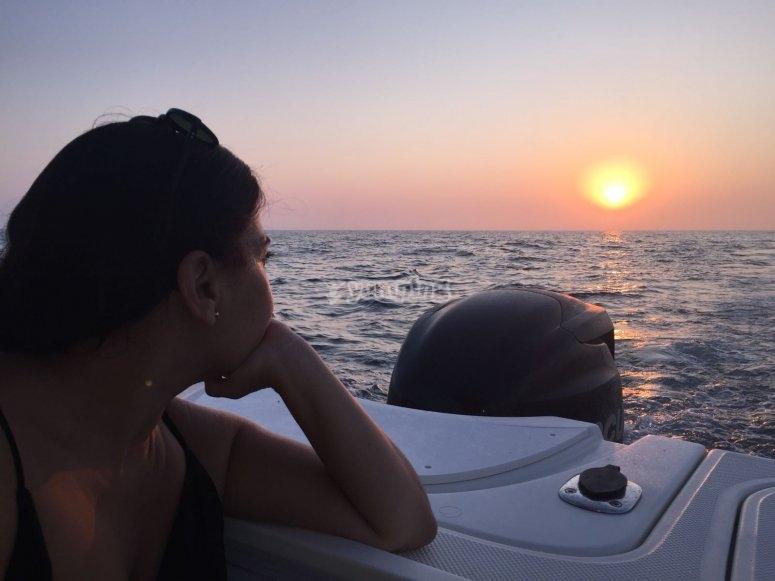 Puesta de sol desde barco en Cádiz