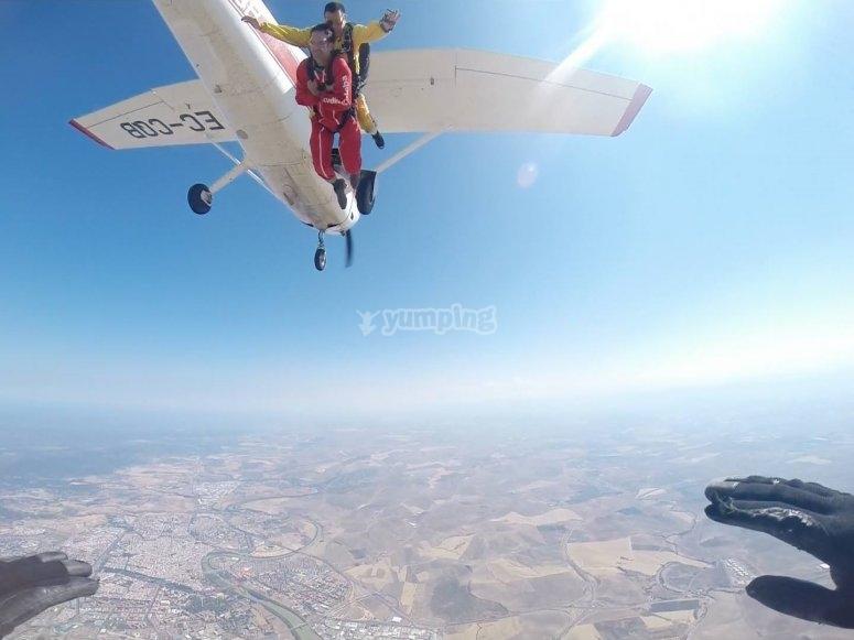 Salto de paracaídas sobre Córdoba