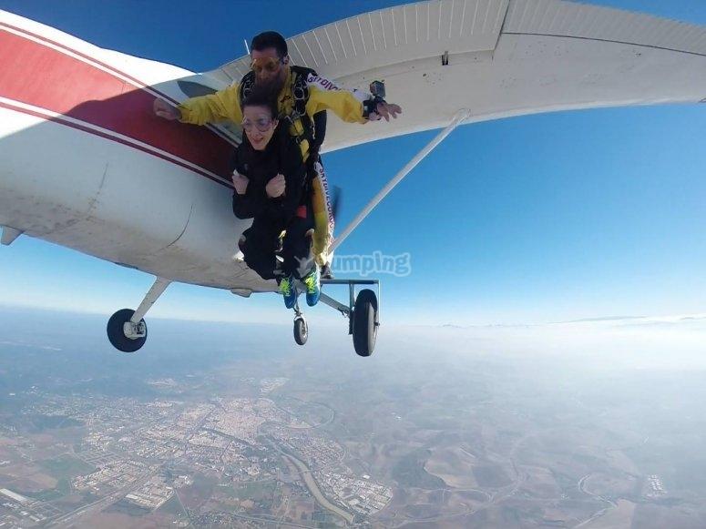 Experiencia de salto en paracaídas