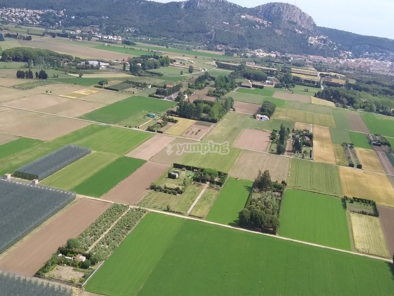 Campos de l'Estartit从滑翔伞