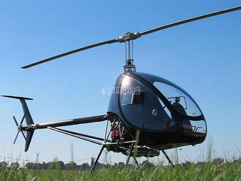Arrancando motores para iniciar ruta en helicóptero por L'Estartit