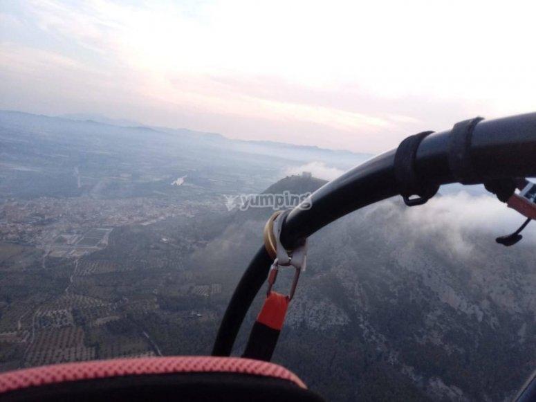 Visualizando el Macizo de Montgri desde las alturas