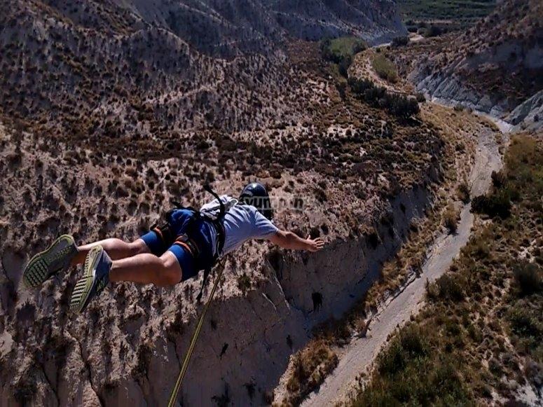 Salto dal ponte a Murcia