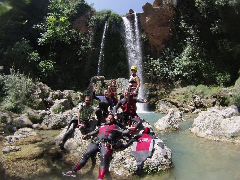 Gorgo de La Escalera的溪降起始群