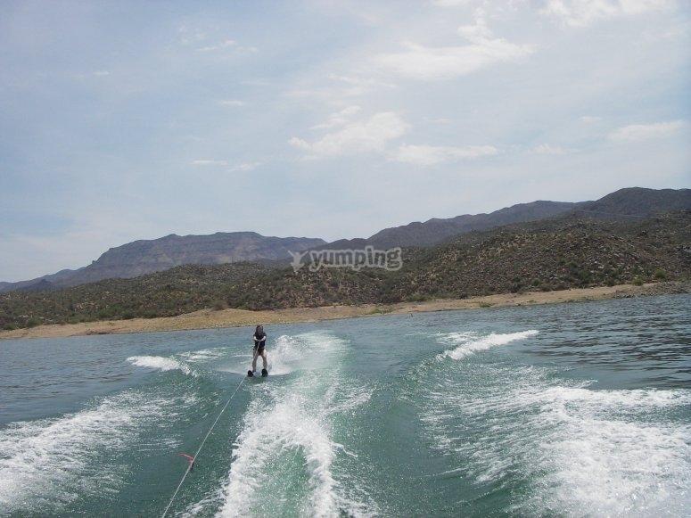 Visita del Mediterraneo a wakeboard