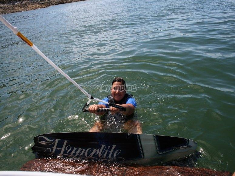 Inizia la sessione di wakeboard a La Manga