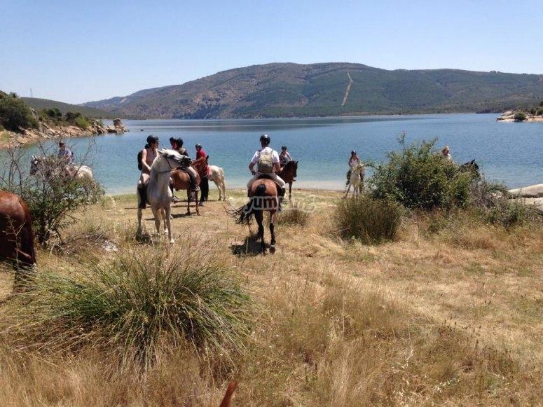Embalse de Lozoya a caballo