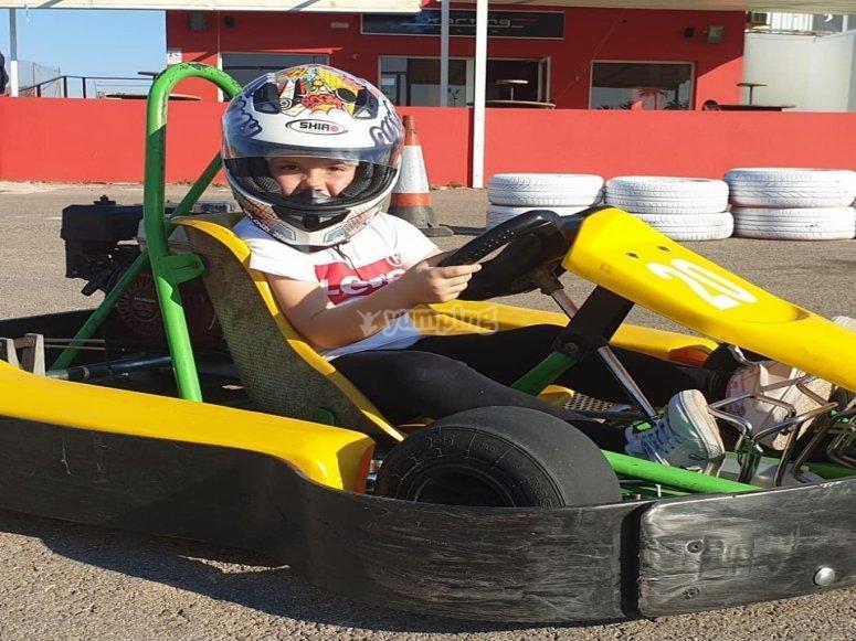Circuito de karts para niños de 8 años