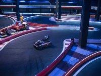 Piloto al volante del kart en Valencia