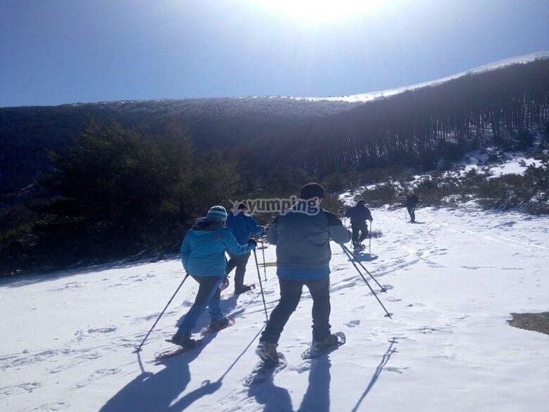 Ruta raqueta de nieve en Sierra de Bejar