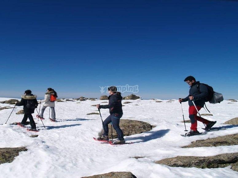 Recorrido con raquetas de nieve Canchal Negro