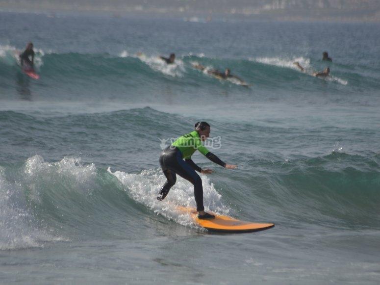 Aprendiendo a surfear en Tenerife