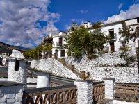 参观阿尔普哈拉(Alpujarra)的村庄