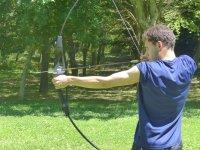 Clase de tiro con arco en club de Leoia 2 horas