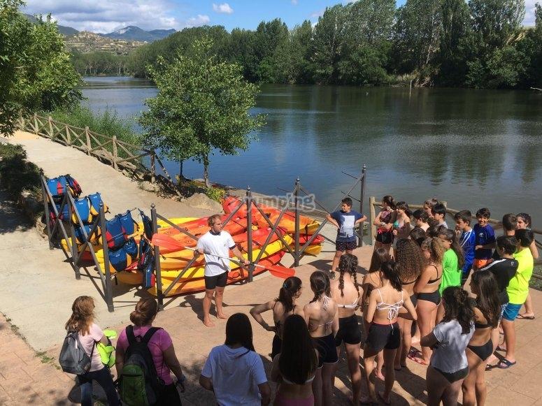 Instrucciones necesarias para mantener el equilibrio en el kayak