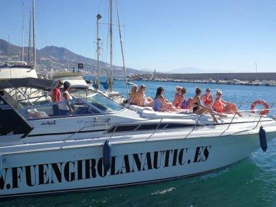 Alquiler de barco con patrón en Fuengirola 2 horas