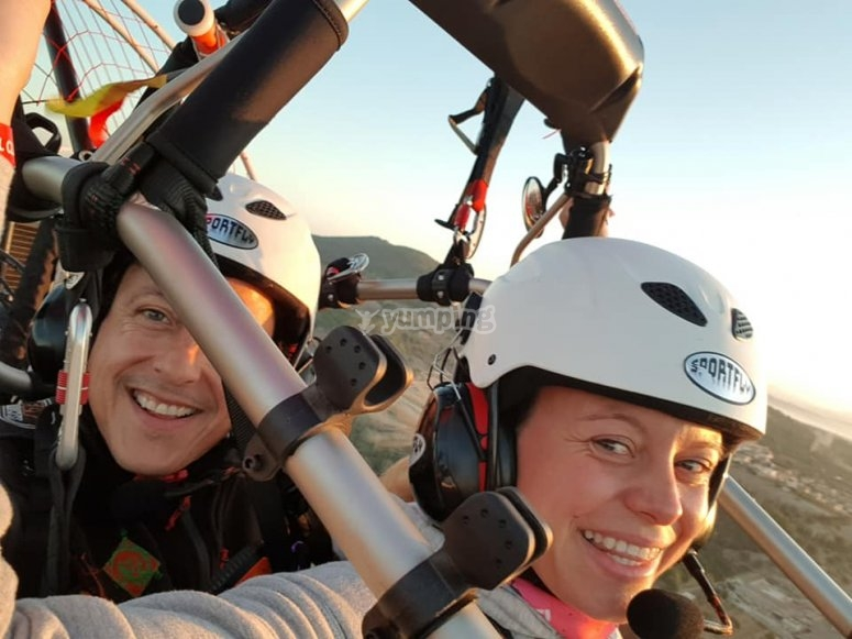 Knowing the Balearic island in paramotor