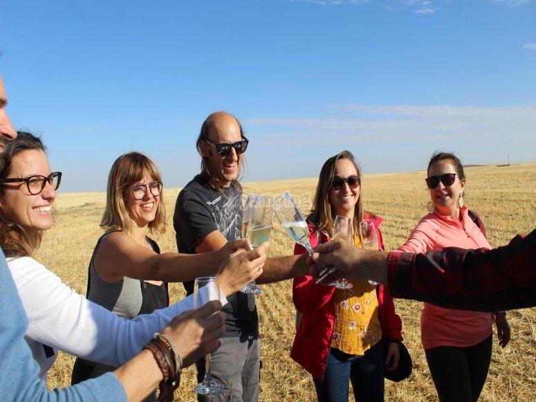 家庭在阿格达飞气球