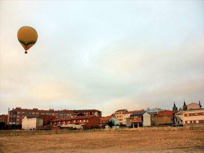 Balloon flight for kids over Astorga 1 hour