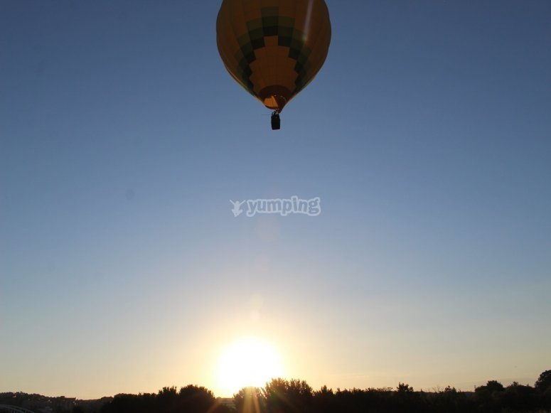 Balloon ride with children from Toledo