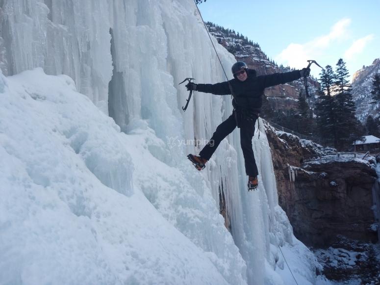 Clase de escalada en hielo Sierra Nevada