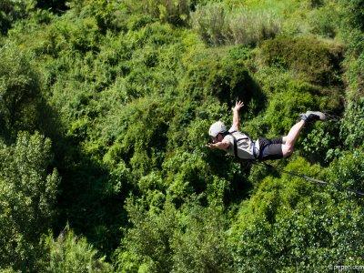 Jump Bungee Jumping SantSadurníd´Anoia视频或照片