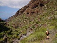 caminando por senderos naturales