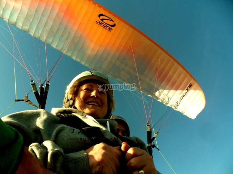 Enjoying the paragliding experience